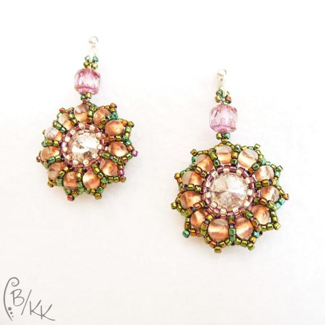 beadingowe kolczyki kwiatki z rivoli i farfalle | rivoli & farfalle beading earrings