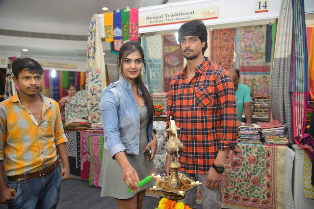 Actress Neha Deshpande Inaugurates Silk India Expo -2017