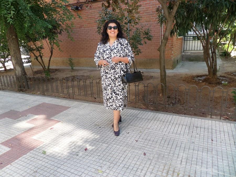 look vestido b&w