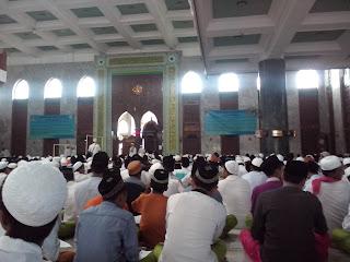 Pamekasan Bersholawat Dalam Rangka Memperingati Maulid Nabi Muhammad Kerjasama Aliansi Ulama Madura (AUMA) & PT. PLN (Persero) Area Pamekasan