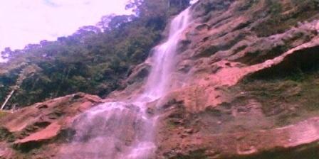 air terjun tagor di kabupaten tagor