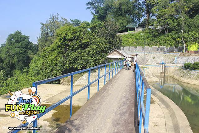 jembatan cinta tuban