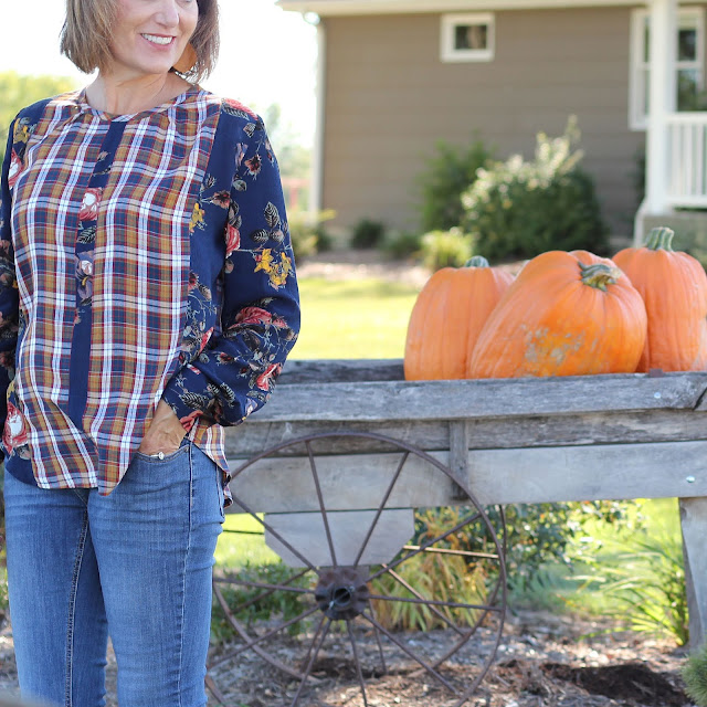Style Maker Fabrics' Fall Blog tour - 2018 using Style Maker Fabrics' Floral Rayon Crepe and Rayon Plaid Shirting for Vogue 9086