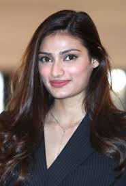 Athiya Shetty Family Husband Son Daughter Father Mother Age Height Biography Profile Wedding Photos