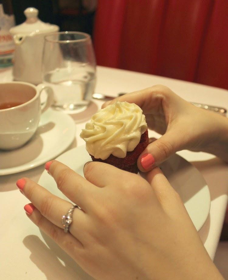 A Vintage Nerd, Vintage Blog, Retro Lifestyle Blog, The Russian Tea Room