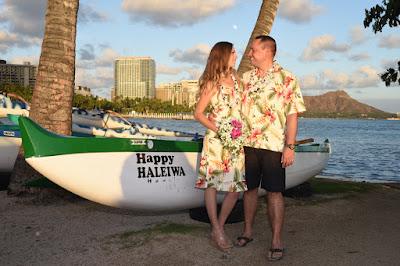Waikiki Canoe