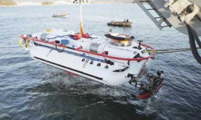 Deep Submergence Rescue Vehicle