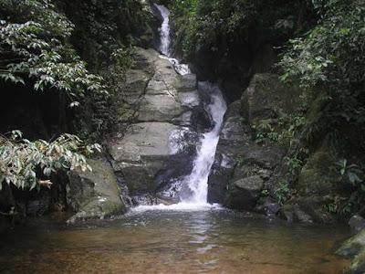 Cachoeiras  nem só de praia vive a cidade