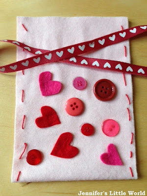 Valentine's Day felt gift bag craft for children