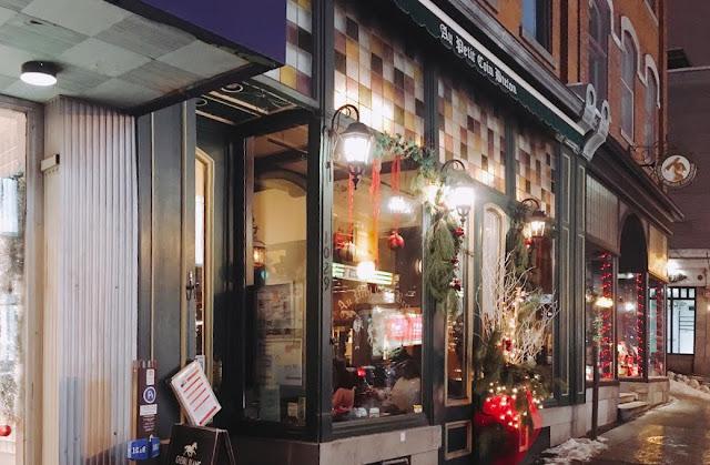 exterior Au Petit Coin Breton in Québec City, Canada