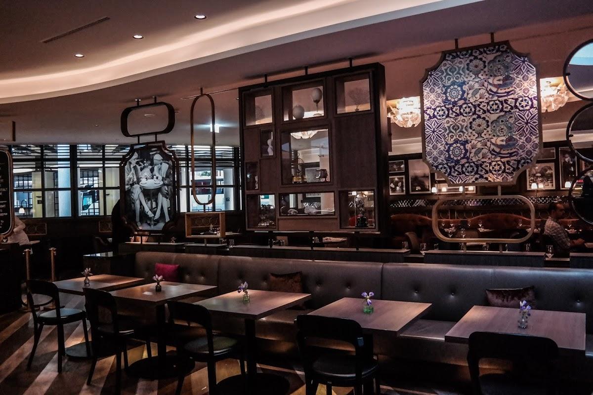 Bar Restaurant Bistro