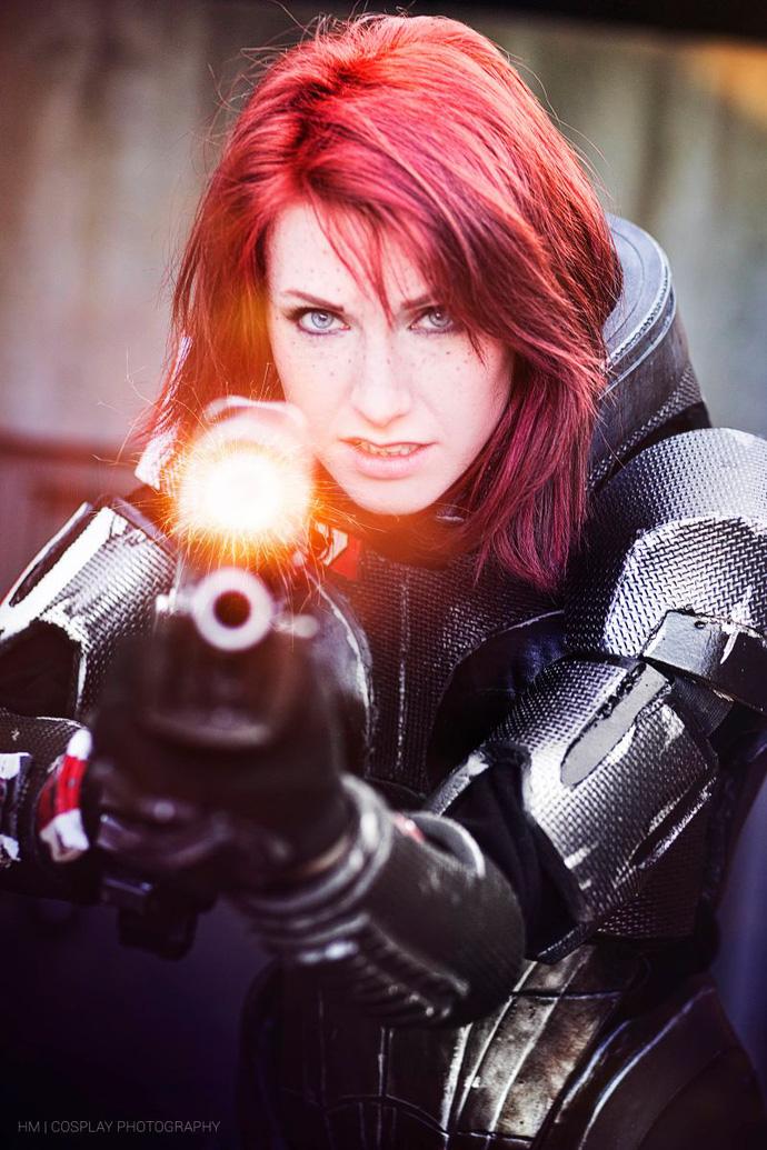 Cosplay hot girl Mass Effect