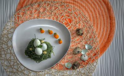barba del frate  al limone con uova di quaglia e purea di carote