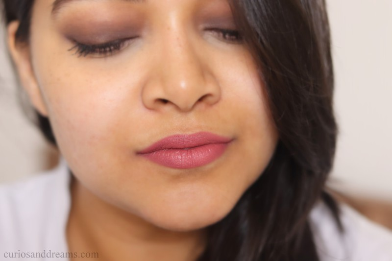 Maybelline Colorsensational Creamy Matte lipstick, Maybelline Colorsensational Creamy Matte lipstick india, Maybelline Colorsensational Creamy Matte lipstick nude nuance review, Maybelline Colorsensational Creamy Matte lipstick touch of spice review