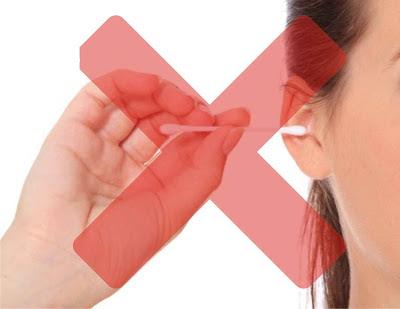 cara membersihkan kotoran telinga dengan benar