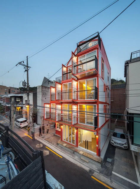 Shipping Container 4 Story House - Office, Cafe and Hotel in Seoul, South Korea 4