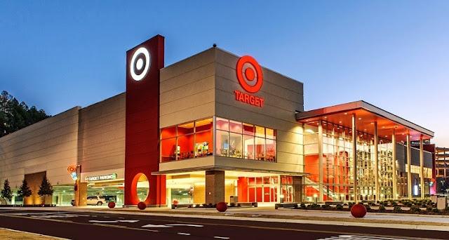 Compra de GPS de carro no Target em San Diego