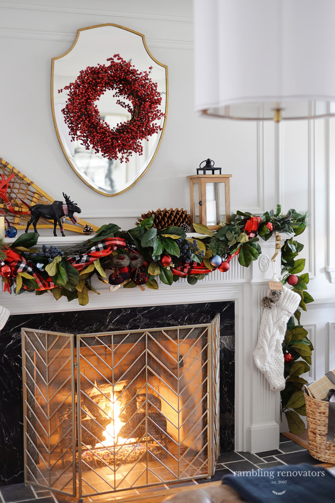 elegant Christmas mantel, fireplace garland, unique Christmas mantel idea, modern Christmas garland