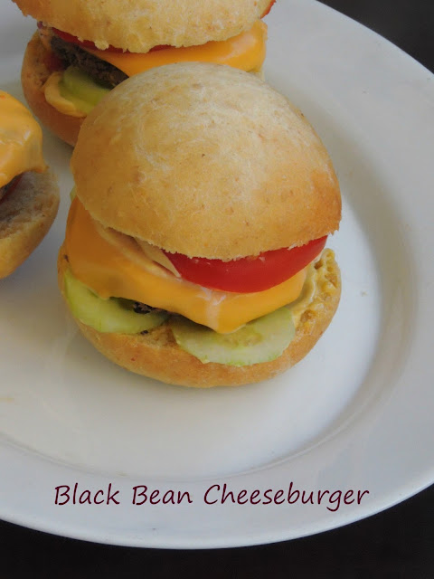 Black bean Cheeseburger, Cheese & blackbean burger