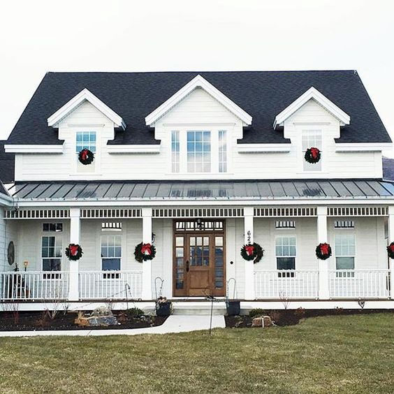 Characteristics Of A Modern Farmhouse Exterior Image Via White Shanty Designs Farmhouse