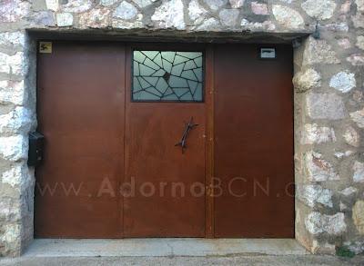 ADORNO BCN restauración puerta