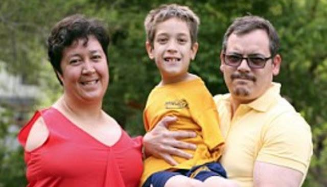 Kisah Inspiratif Ibu Dan Anak Tanpa Lengan Yang Jalani Hari Dengan Bahagia
