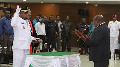 Lantik Bupati Yalimo, Gubernur Papua Minta Kembangkan Potensi Perkebunan