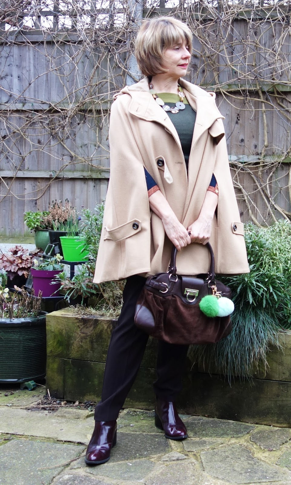 Gail Hanlon blogger wearing brown and green