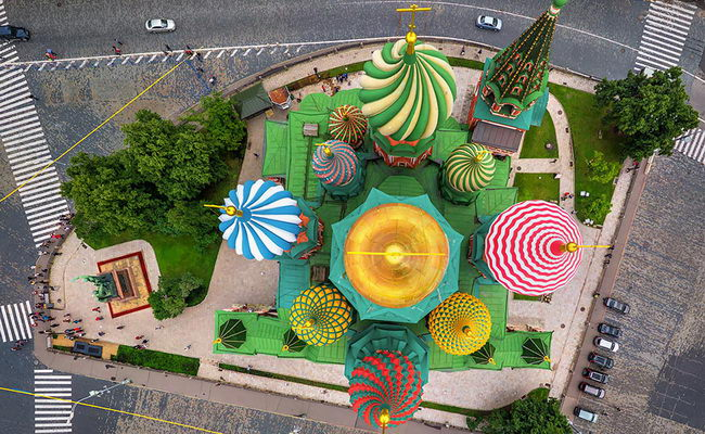 Xvlor.com Saint Basil's Cathedral is church built by Ivan the Terrible in 1555-1561