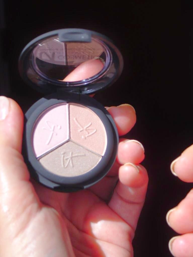 IT Cosmetics Luxe High Performance Eyeshadow Trio.jpeg