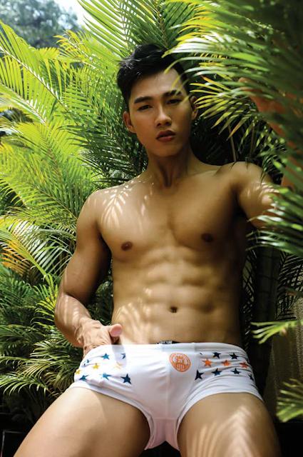 Style Men 79: Exotic Locking Vietnamese Hunk