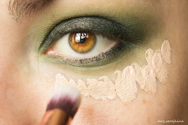 Green smoky eyes: step 6