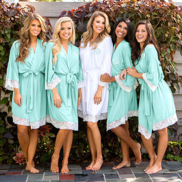 bath robes in white and mint