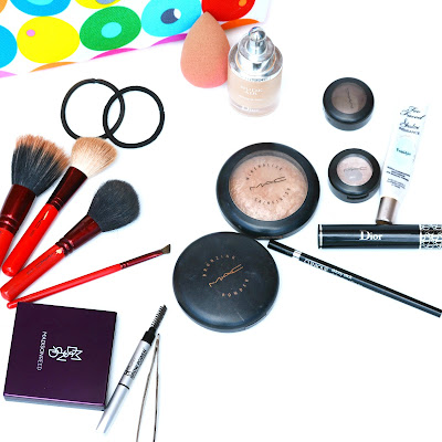 must-haves for makeup bag