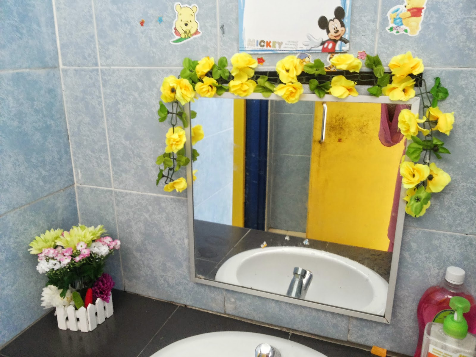 Ini Tandas Cantiknye Bunga Kuninggg