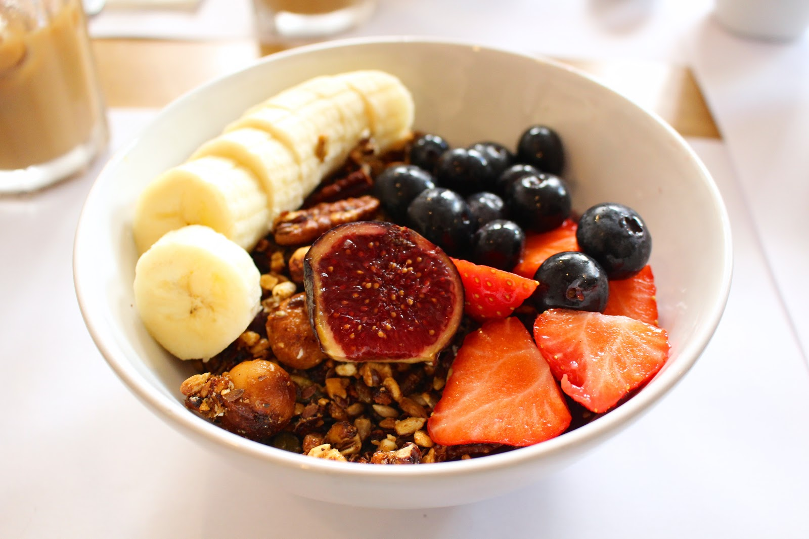 Paperboy | Paris Acai bowl