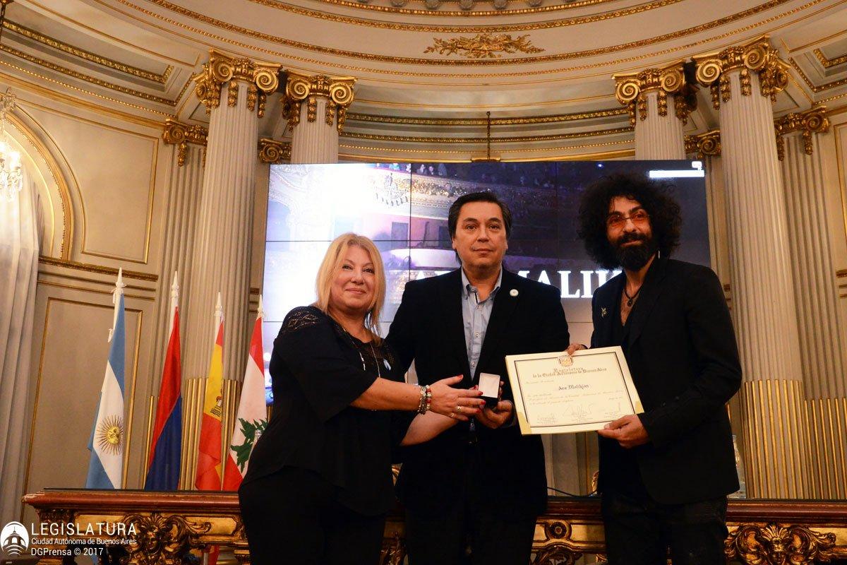 Городской совет Бунос-Айреса дал торжественный приём скрипачу Ара Маликяну