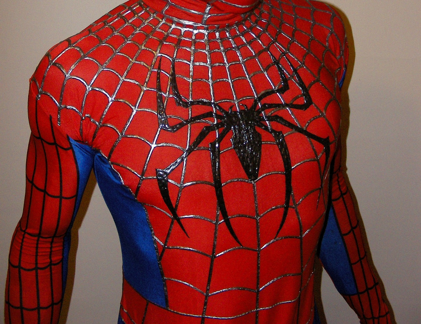 Spider-Man Introducing the Black Suit Symbiote Mask! - YouTube |Black Spiderman Costume Replica