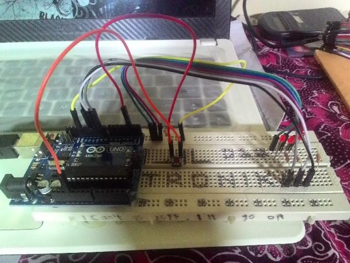 Modul sederhana transmisi data serial menggunakan arduino