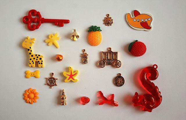 TomToy I spy trinkets collections for handmade I spy bag, bottle, crafts