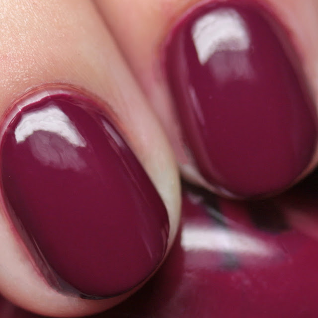 Sally Hansen Complete Salon Manicure 421 / 490 Ruby Do