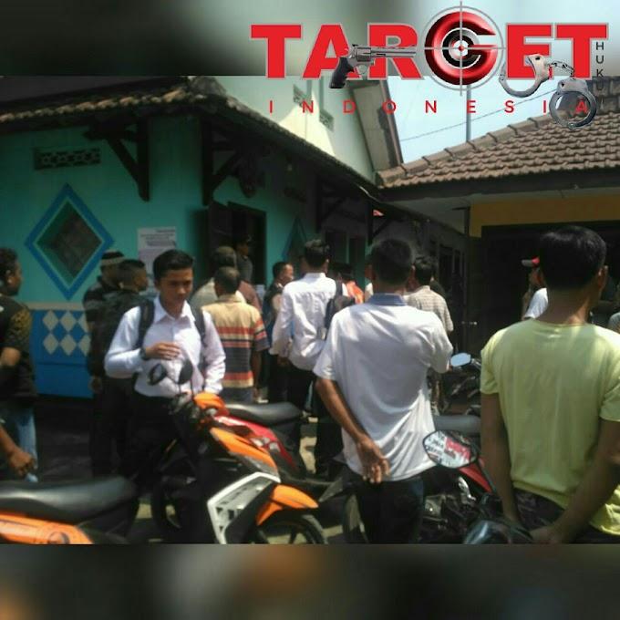 Geger Desa Plumbungan, Warga Demo Terkait Pengisian Perangkat Desa Yang Tidak Transparan
