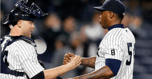 Yankees y Cachorros andan discutiendo el futuro del cubano Aroldis Chapman