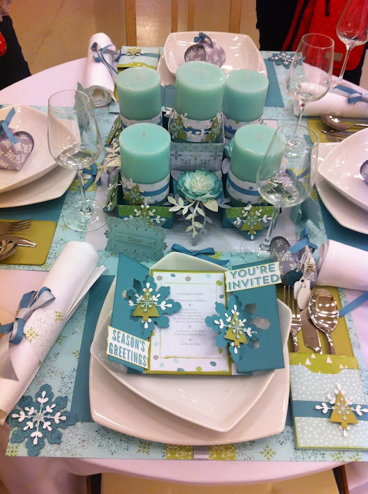 All is calm convention table cutlery holder goes to a wedding with Crisp Cantaloupe and Calypso coral