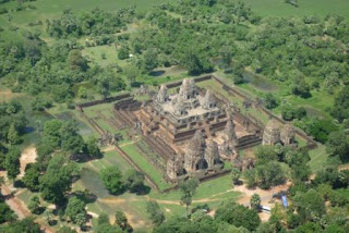 8. Kuil Pre Rup