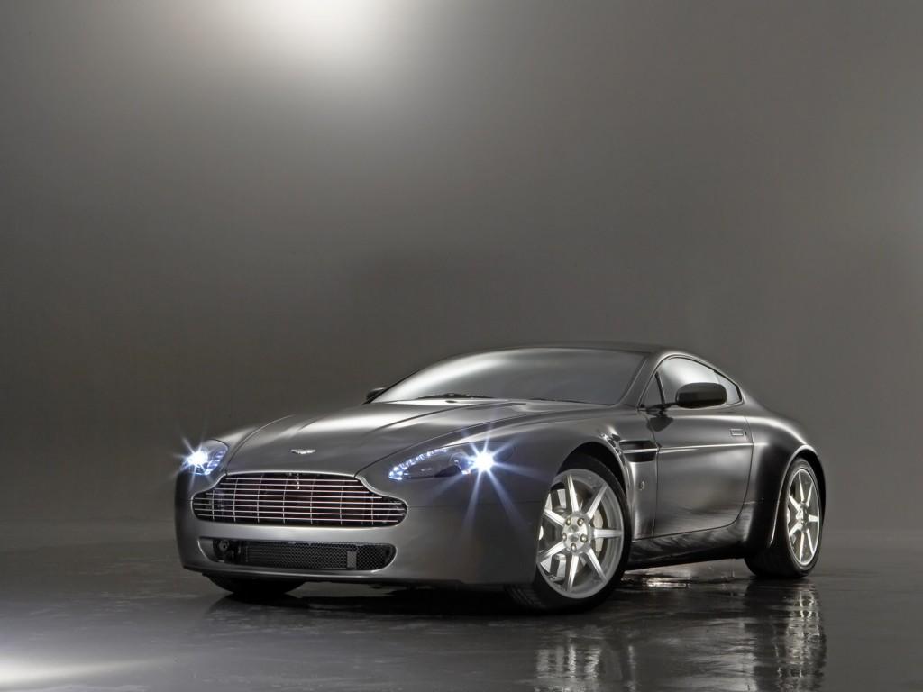 Aston Martin V8 Vanquish 2014 Aston Martin V8 Vantage Sport Coupe