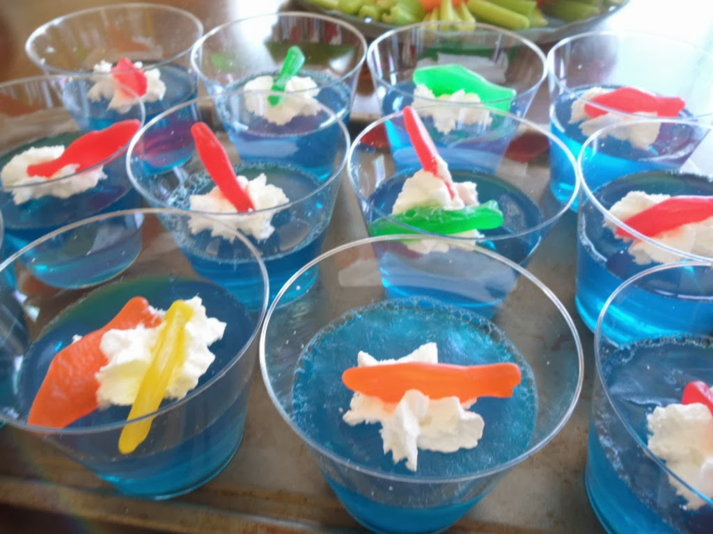 I Dig Pinterest 13 Simple Dr Seuss Crafts And Food Ideas