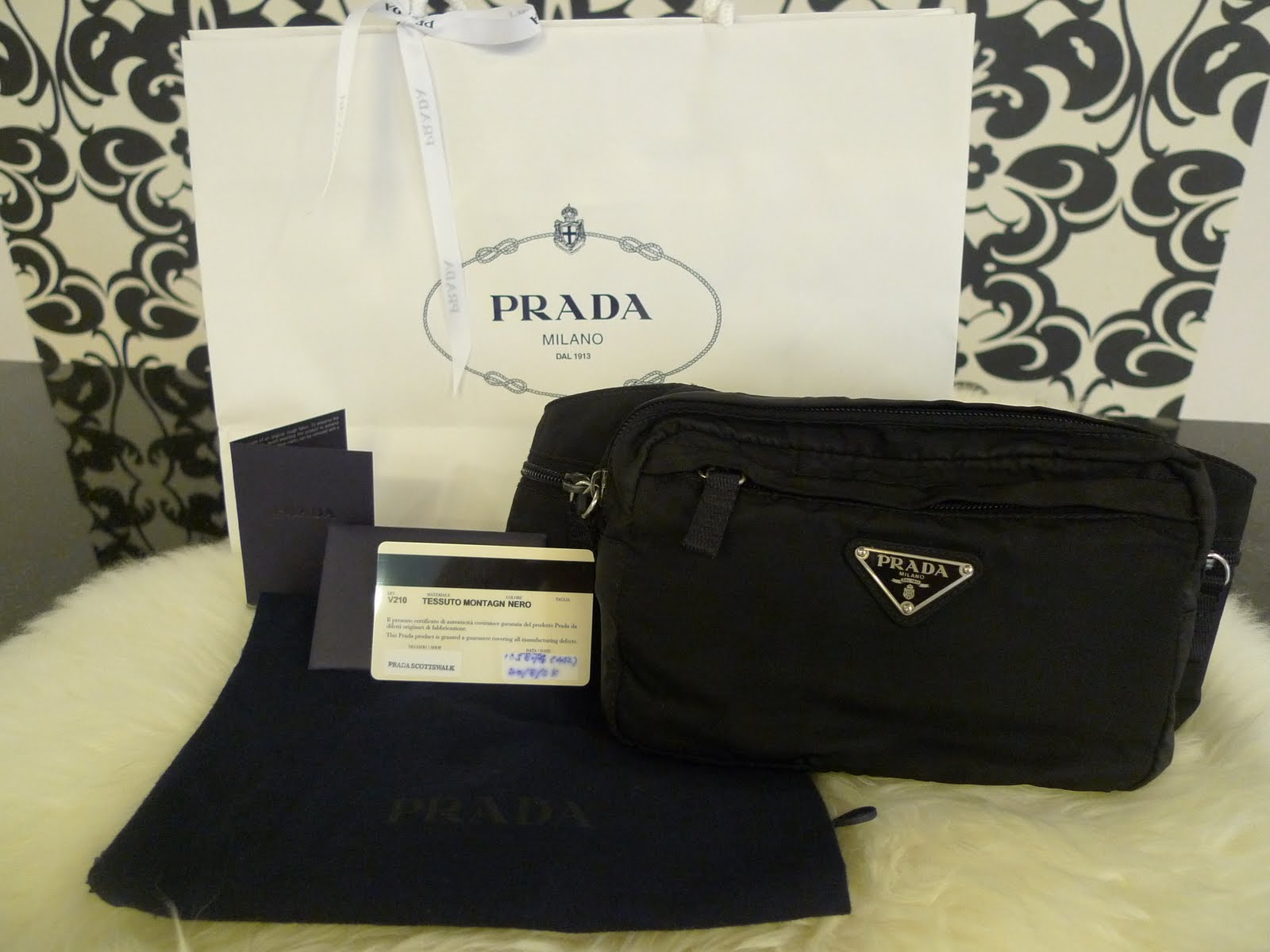 Authentic Prada Waist Pouch! Pre-Owned in Excellent Used Condition!!! 78126df370204