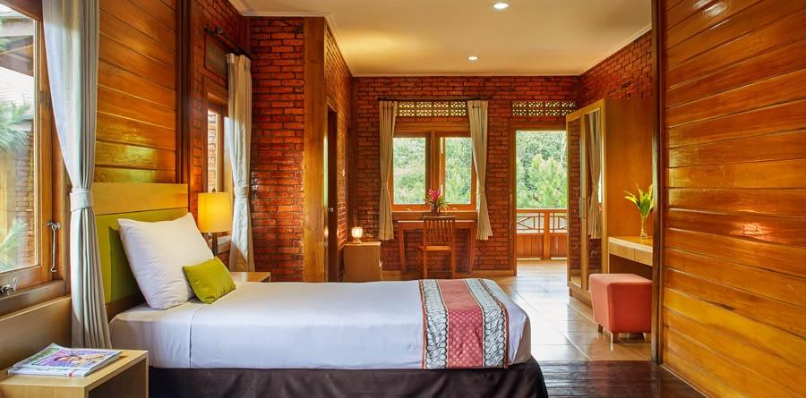 Jambuluwuk Resort Ciawi