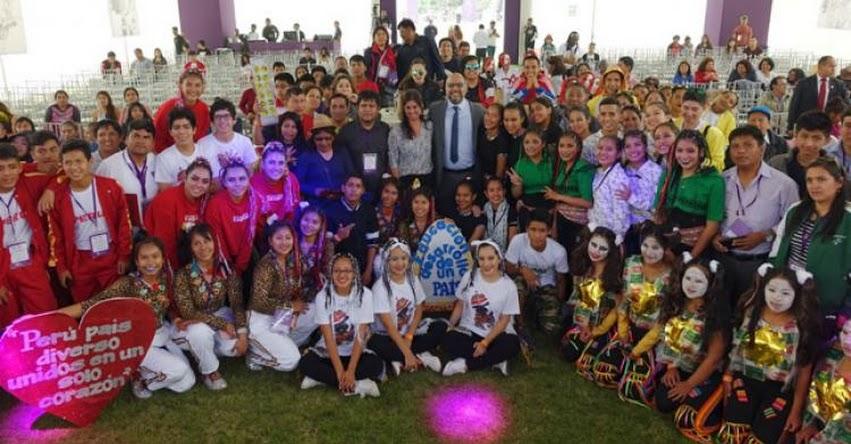 MINEDU: Empezó la etapa final de los Juegos Florales Escolares 2018 en Lima - www.minedu.gob.pe